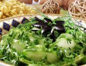 Миниатюра к статье Салат из огурцов с маслинами
