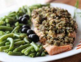Миниатюра к статье Филе лосося с оливками на пару