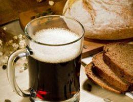 Миниатюра к статье Простой рецепт домашнего хлебного кваса.